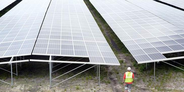 5. Ferme solaire de Cestas – 300 MW